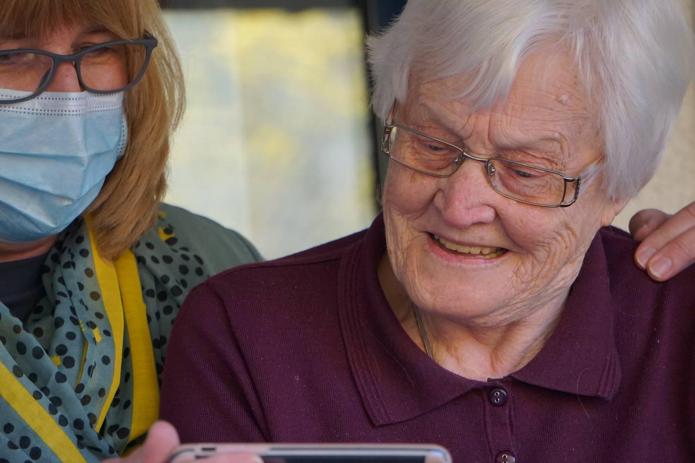 Jak załatwić dom opieki dla chorego na Alzheimera?